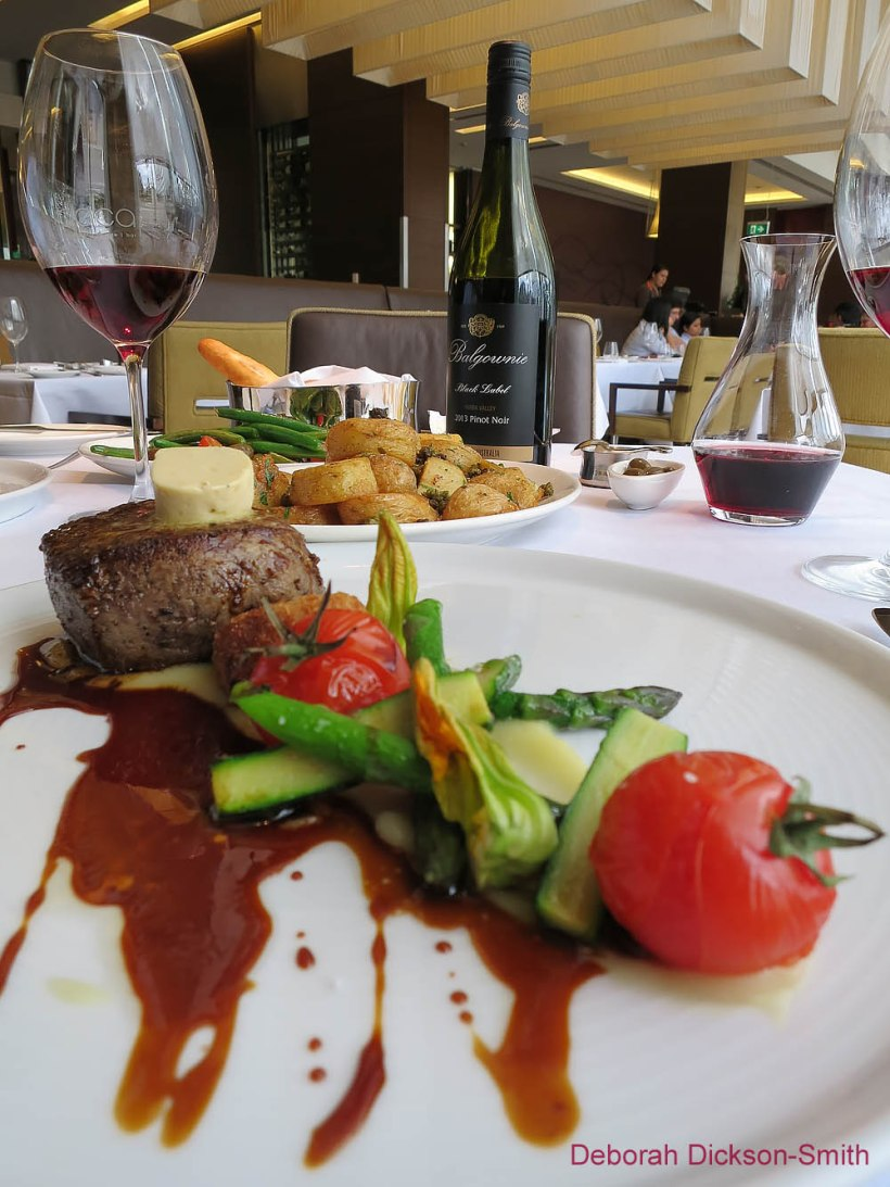 Rump steak with cherry tomatoes at Bacar